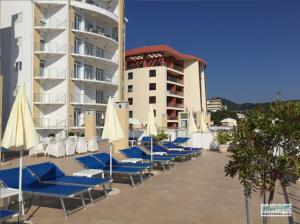 Апартаменты LUX на первой линии с бассейном MB05150_36.jpg