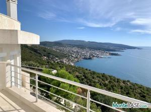 Вилла в Черногории с видом на море MB05364_3.JPG