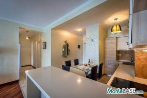 LUX апартаменты в Рафайловичи первая линия  NA01179_6.jpg