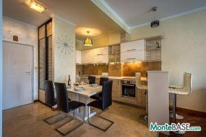LUX апартаменты в Рафайловичи первая линия  NA01179_7.jpg