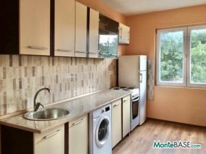 Дом на два апартамента в Добра Вода NA01299_5.JPG