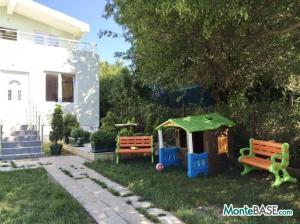 Дом на два апартамента в Добра Вода NA01299_8.JPG