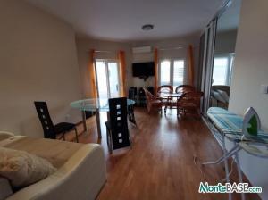 Квартира в Тивате первая линия NA01340_10.JPG