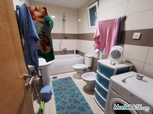 Квартира в Тивате первая линия NA01340_11.JPG
