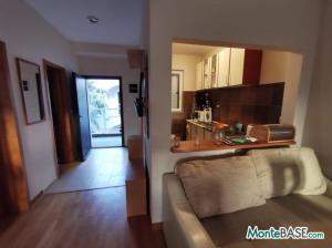 Квартира в Тивате первая линия NA01340_5.JPG