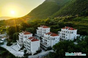 Квартиры в жилом комплексе — элитные апартаменты на Боко-Которском заливе MB05409_1.jpeg