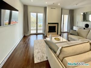 Квартиры в жилом комплексе — элитные апартаменты на Боко-Которском заливе MB05409_13.JPG