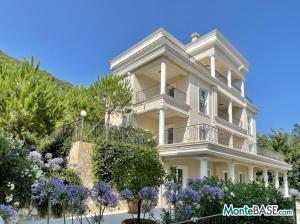 Квартиры в жилом комплексе — элитные апартаменты на Боко-Которском заливе MB05409_9.JPG
