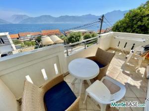 Квартира у моря с панорамным видом на Боко Которский залив NA01347_4.JPG