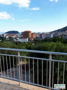 Купить квартиру в будве недорого дубай atana hotel