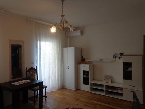 Купить студию в черногории недорого у моря цены в дубае на недвижимость