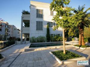 Недвижимость в Porto Montenegro - элитные апартаменты Regent Pool Club 120кв.м GB01177_1.jpg
