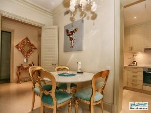 Недвижимость в Porto Montenegro - элитные апартаменты Regent Pool Club 120кв.м GB01177_12.jpg