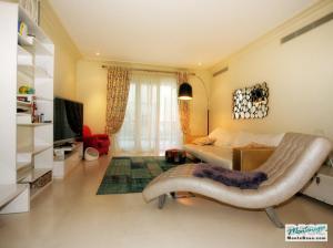 Недвижимость в Porto Montenegro - элитные апартаменты Regent Pool Club 120кв.м GB01177_29.jpg