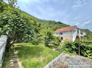 Дом в Черногории - Котор район Столив в 90м от берега MB05244_13.jpg