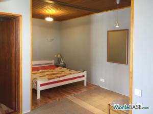 Дом в Черногории - Котор район Столив в 90м от берега MB05244_2.jpg