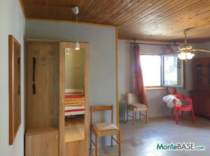 Дом в Черногории - Котор район Столив в 90м от берега MB05244_5.jpg
