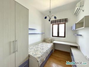 Дом в Черногории со своим пляжем на Которском заливе AS01434_14.JPG