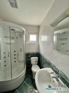 Дом в Черногории на два апартамента, город Бар AS01523_24.JPG